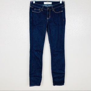 Abercrombie & Fitch Straight Leg Jeans 25
